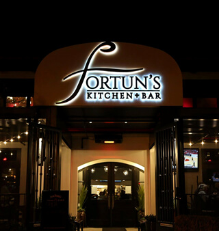 fortuns-kitchen-bar-front